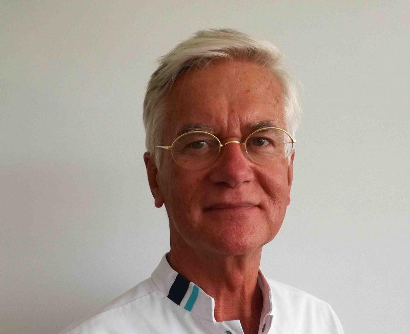 dr E.A.J. Rauws